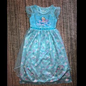 Toddler girls Disney princess Elsa nightgown 5T